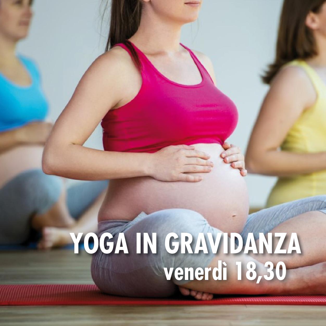 Iniziato il corso di yoga in gravidanza yawp passioni in movimento - Bagno in gravidanza ...